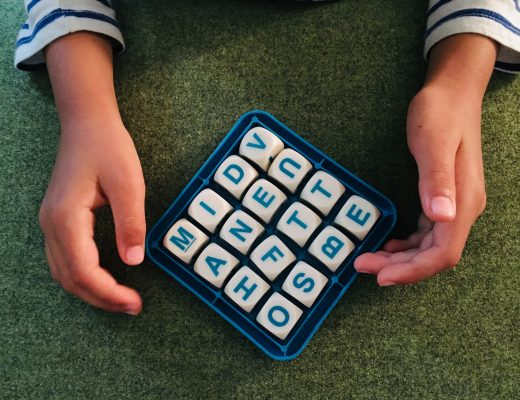 Playing Bilingual Boggle